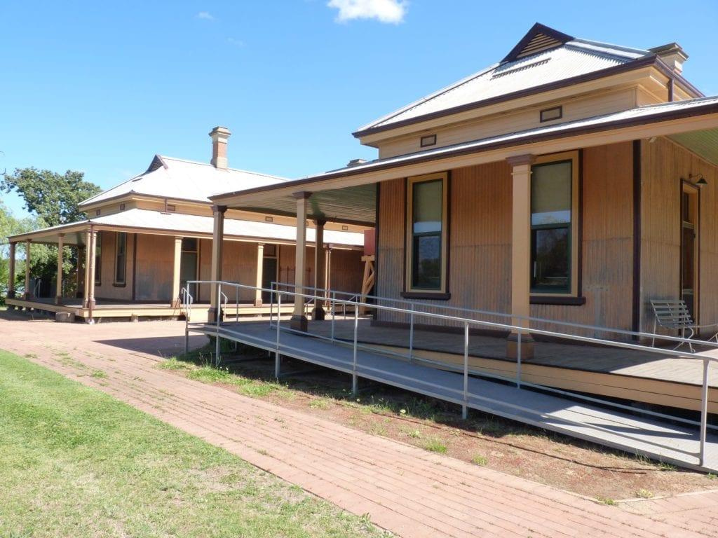 Bishops Lodge Hay NSW