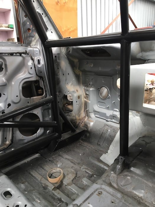 Details of the front bottom corner of the roll cage
