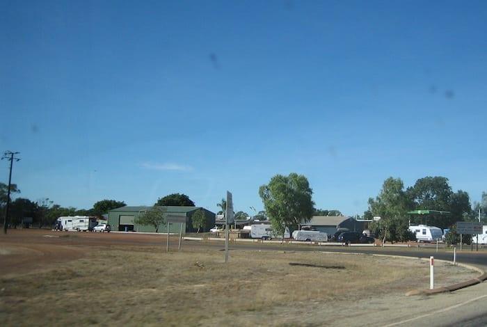 Daly Waters, Northern Territory. Mataranka To Tennant Creek.