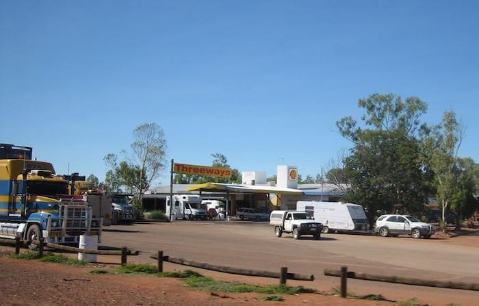 The Threeways Roadhouse, Northern Territory. Mataranka To Tennant Creek.