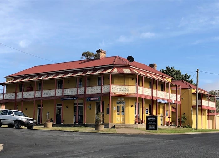 Commercial Hotel, Walcha.