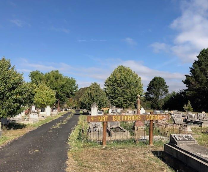 Nat Buchanan's grave, Walcha.