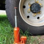 The bottle jack supplied with the truck is too short when super singles are fitted.